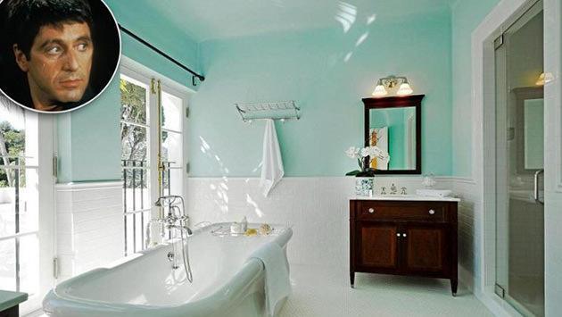 scarface filmindeki banyo