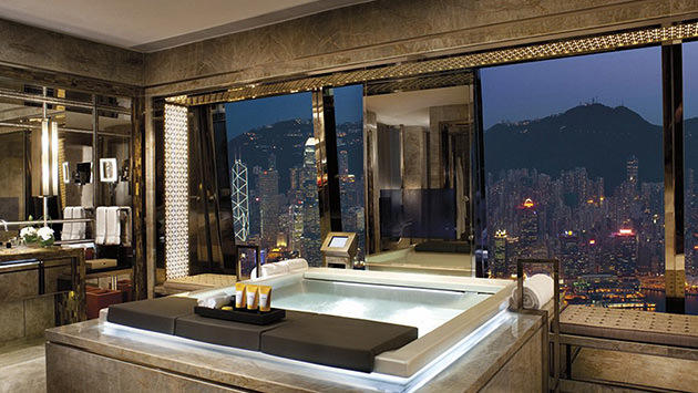 The Ritz-Carlton, Hong Kong banyo küveti