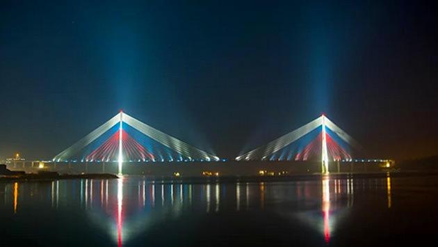 Russky köprüsü