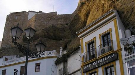 <a href='https://www.emlaktasondakika.com/haber-ara/?key=Setenil+de+las+Bodegas'>Setenil de las Bodegas</a>