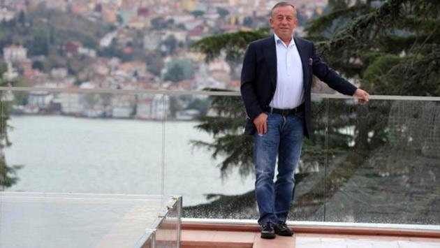 Ali Ağaoğlu Ortaköy'deki evinde