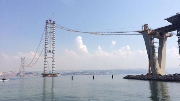 halatları yapılan dev köprü