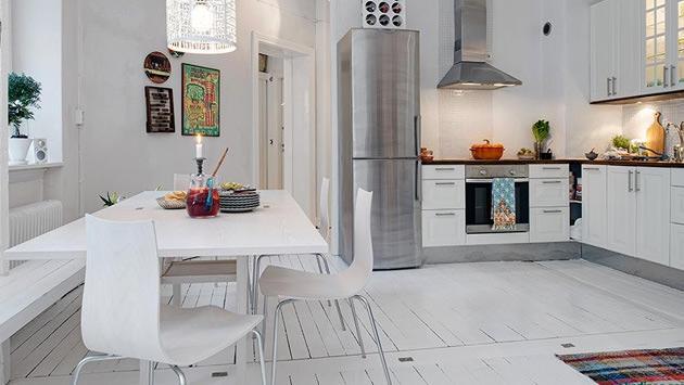 Beyaz dekorasyonlu mutfak