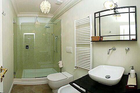 banyoda duşakabin ve klozet yenileme