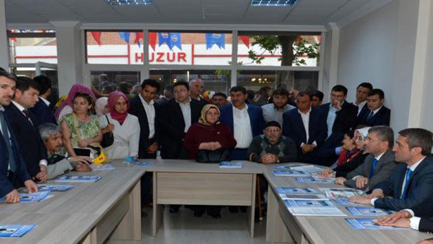 Üsküdar'da tapularına kavuşan vatandaşlar
