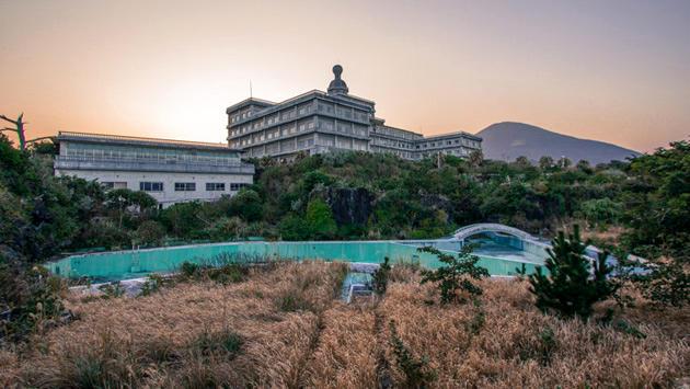 terkedilmiş otel