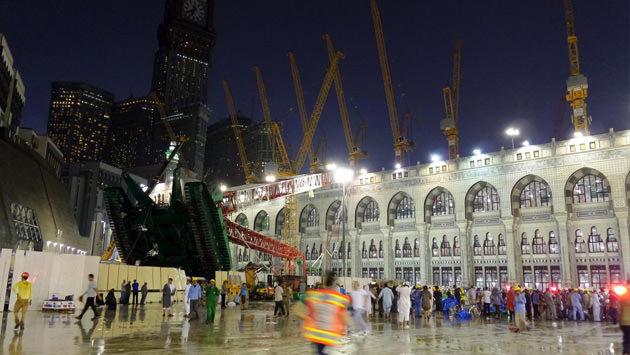 Mekke'de vinç kazası
