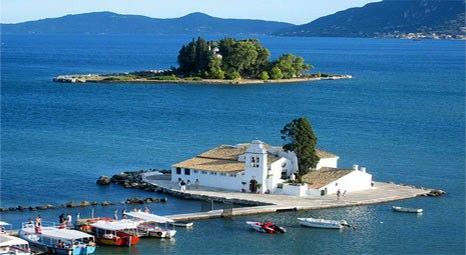 Yunan adalarını İstanbul doğumlu Mary Georgopoulou satıyor