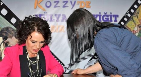 Hülya Koçyiğit Anneler Günü'nde Kozzy AVM'deydi!