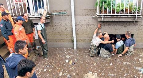 Samsun'da evi zarar gören ailelere 1000 TL yardım!