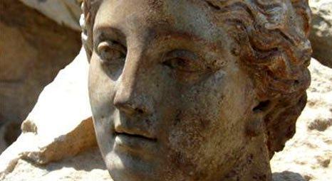 Biga'da Parion Antik Kenti'nde 1800 yıllık Artemis heykeli bulundu!