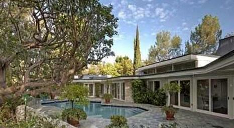 Burger King Elvis Presley'in Beverly Hills'teki evine talip oldu