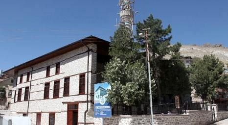 Konya'da restore edilen kilise ve tarihi eserlerin fotoğrafları Atina'da sergilendi