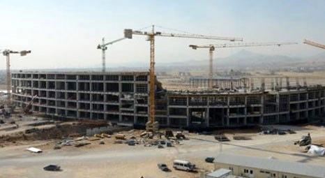 Bursa ve Afyon'daki stat inşaatlarının yüzde 90'ı tamamlandı