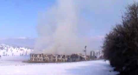 Bolu Mudurnu'da bir tavuk çiftliğinde yangın çıktı