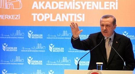 Recep Tayyip Erdoğan Esenler'de şehir yazarları ile buluştu
