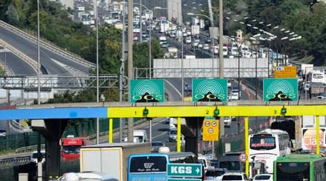 Köprü ve otoyollardan geçen araçlar işte bu kadar gelir getirdi!