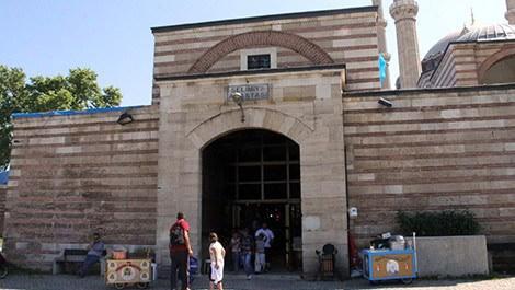 Osmanlı'nın tarihi çarşıları Kadir Gecesi'ne hazır