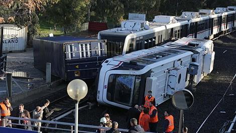metro kazası