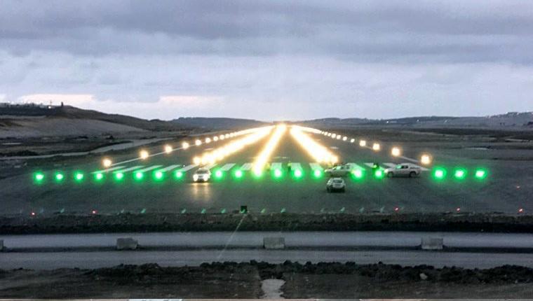 3.havalimanı ışıkları