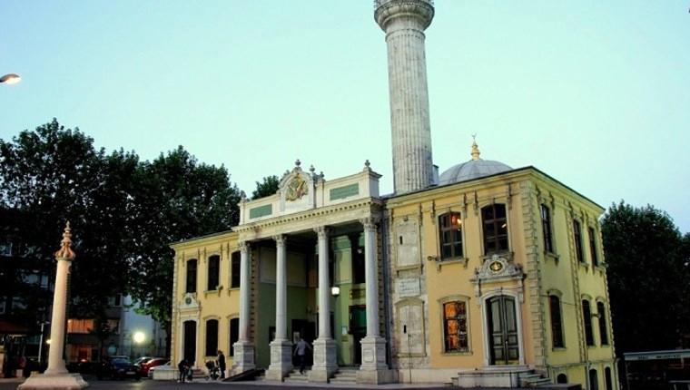 tarihi teşvikiye cami