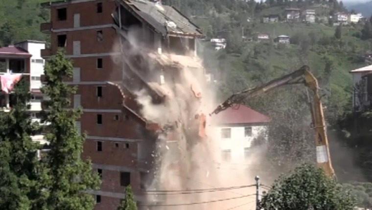 rize kaçak bina yıkımı