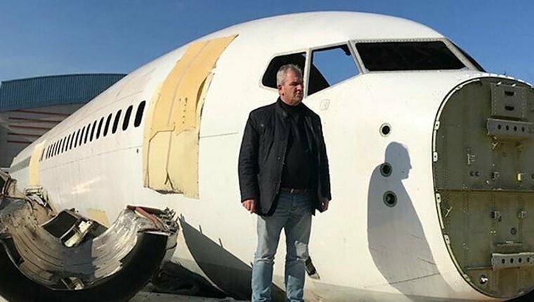 Pistten çıkan uçak