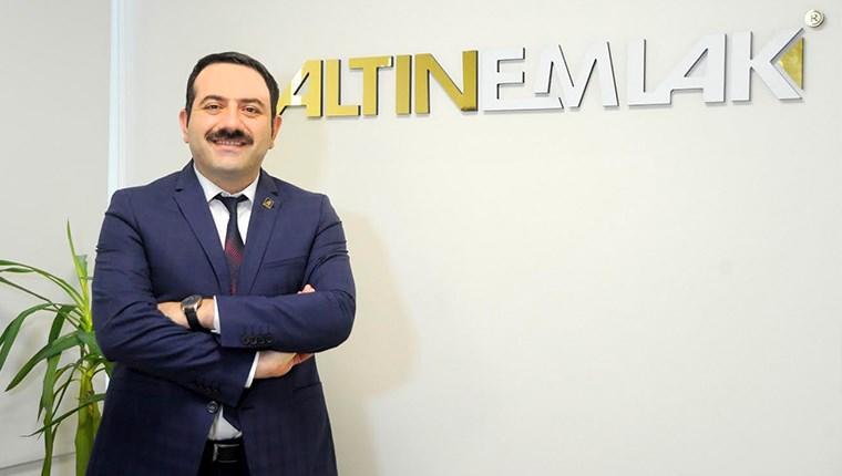 Mustafa Hakan Özelmacıklı,