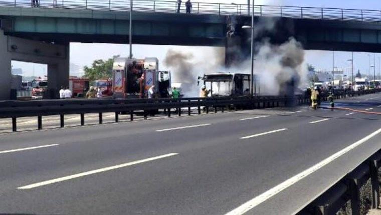 metrobüs yangını