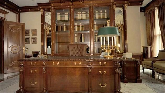 Hariri'nin evindeki eşyalar açık artırmada!