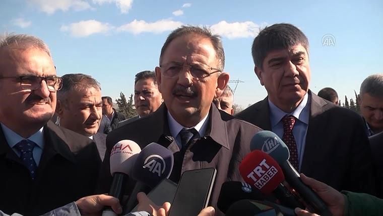 Bakan Özhaseki, Antalya'daki kentsel dönüşüm projesini inceledi