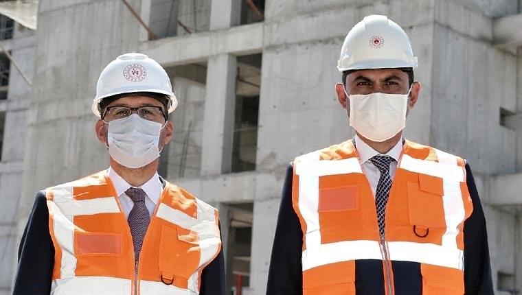 BakanlarKurum ve Kasapoğlu yurt inşaatında incelemede bulundu