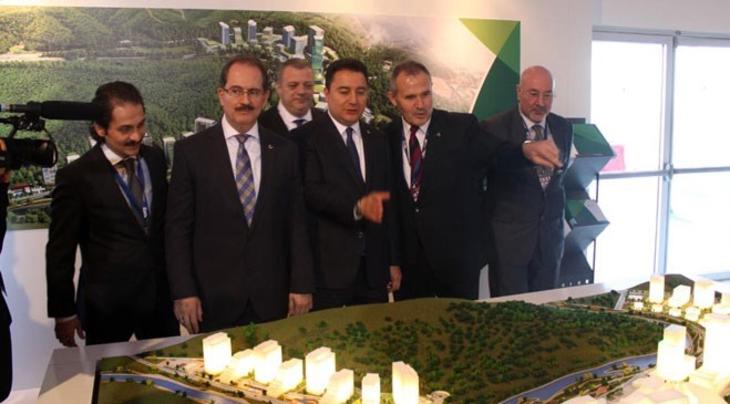 Ali Babacan, MIPIM Fuarı'nda Vadistanbul ve Ağaoğlu Maslak 1453 standlarını ziyaret etti!