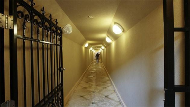 tünel, gizli oda,koridor