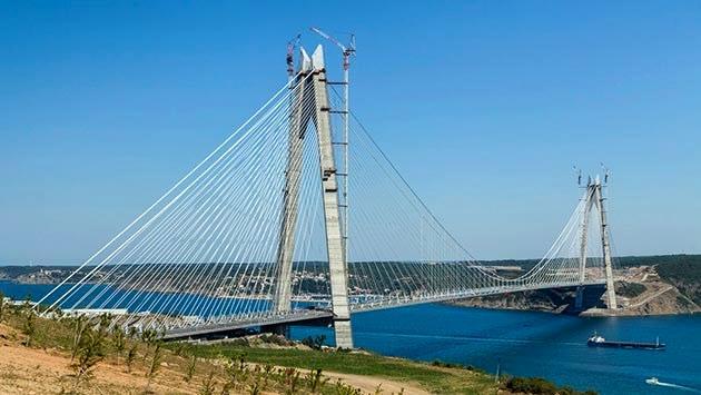 3. Köprü'de kulelerin birleştirme işlemi tamamlandı!