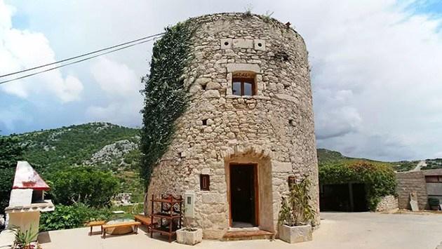 tarihi kule