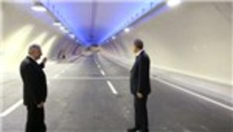 Türkiye'nin eseri Avrasya Tüneli açıldı!