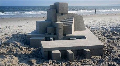 Kumdan kale yapımında çığır açan adam; Calvin Seibert
