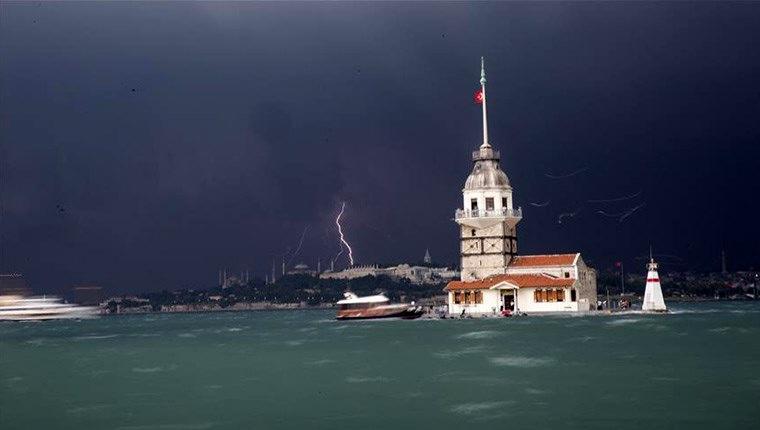 İstanbul'dan yağmur görüntüleri!