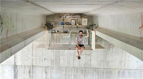 Viyadüğün altına ofis kuran çılgın tasarımcı!