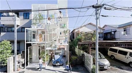 Tokyo'da yapılan şeffaf ev