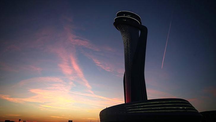 Yeni havalimanı kulesinin yeni görselleri yayında!