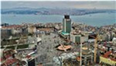 Çamlıca Kulesi Taksim Meydanı'ndan görüntülendi!