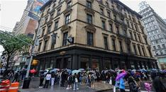 Dünyanın en büyük Harry Potter mağazası New York'ta açıldı
