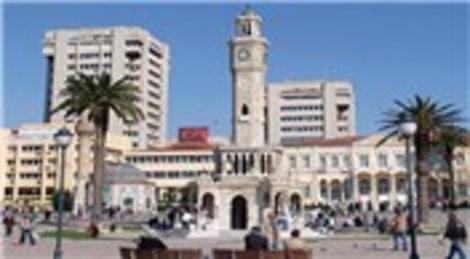 Hüseyin Aslan: 'İzmir, acele yeniden yapılanmalı'