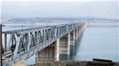 İzmit Körfezi'ne köprüyü Japonlar yapacak