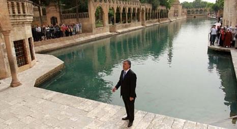 Abdullah Gül Balıklıgöl'ü ziyaret etti!