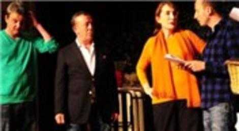 Ali Ağaoğlu Çaba'da rol aldı, çok alkışlandı!