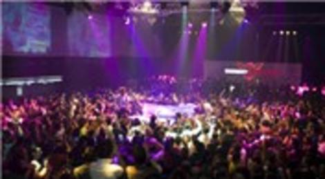 Smirnoff Madonna konseri öncesinde Rixos Pera'da parti verdi!