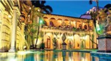 Gianni Versace imzası taşıyan Miami South Beach malikanesi 125 milyon dolardan satışa çıktı!